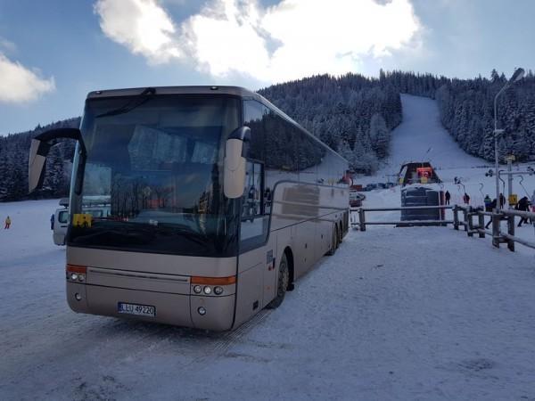 bus-18