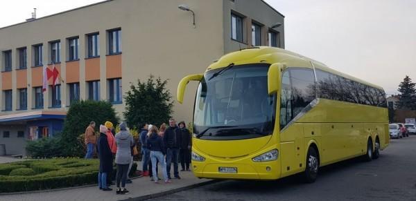 bus-4